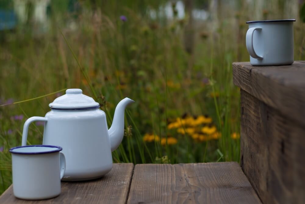 A retro tea pot on the Fancy a brew garden by Garden Ninja