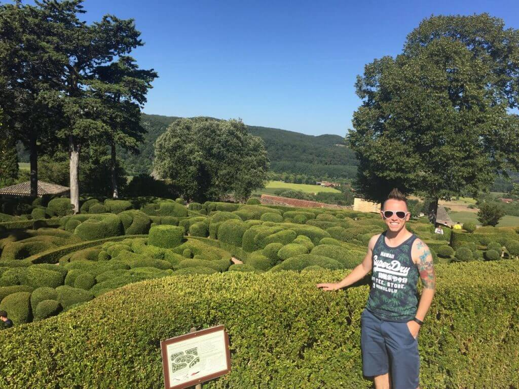 Garden Ninja in Marqueyssac gardens in France