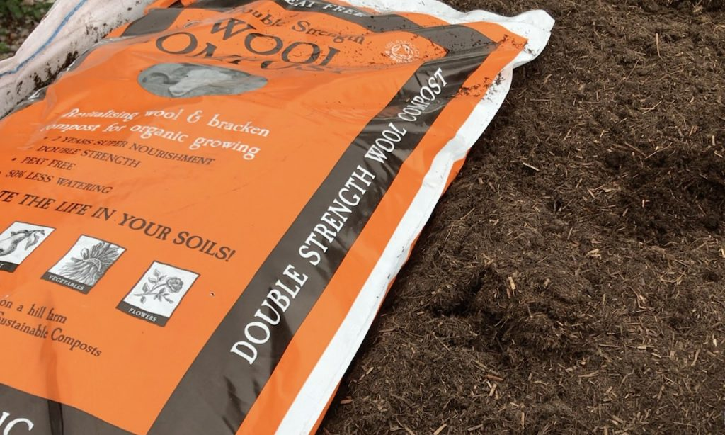 Dalefoot wool compost for mulching