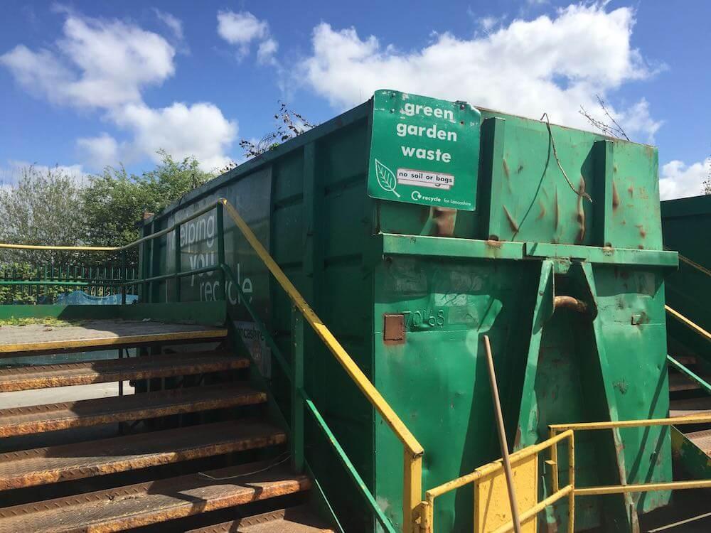 Commercial green bin