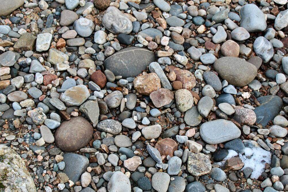 Beach cobbles of all different sizes