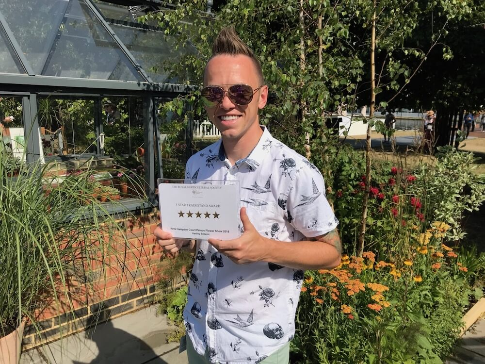Lee Burkhill wins 5 stars at Hampton Court Flower Show