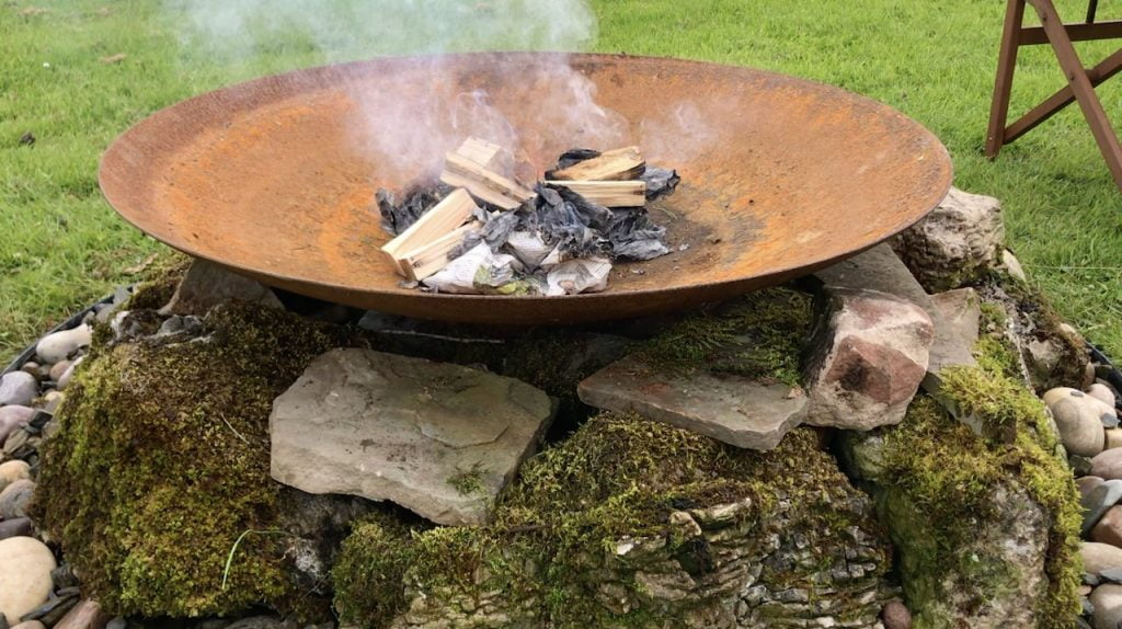 A build your own fire pit